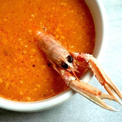 Sopa de pescado con picada