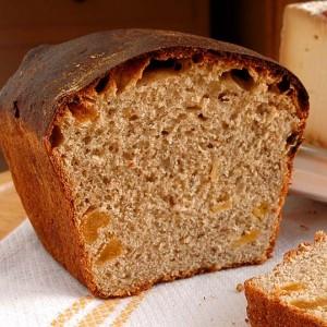 Pan dulce de canela y orejones, con masa madre y sin azúcar