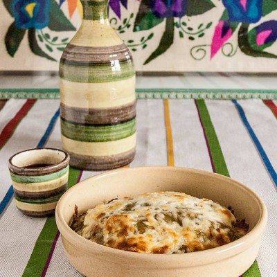 Daring Cooks' challenge May: Stacked green chile and chicken enchiladas