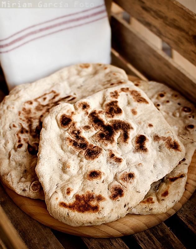 Pan naan alcaravea