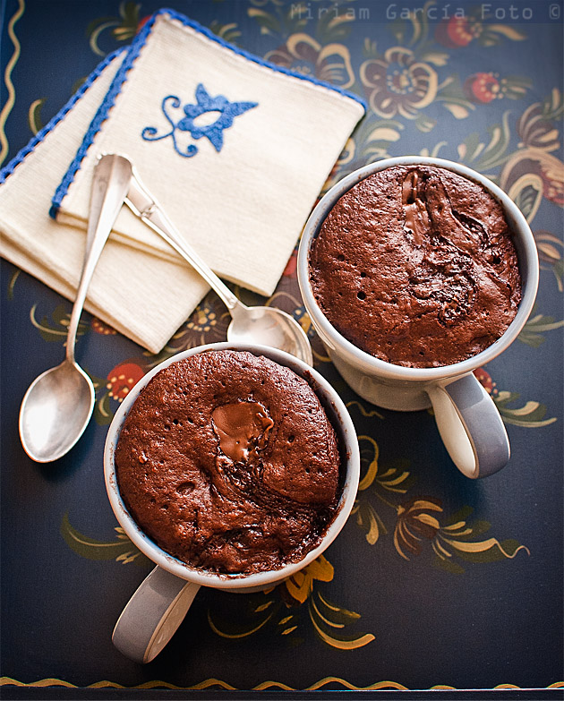 Bizcocho chocolate taza