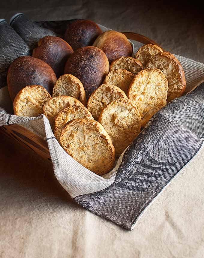 swedish toasted rolls