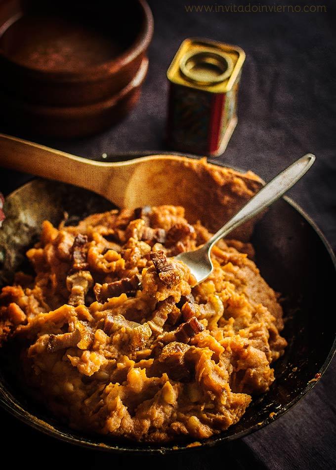 imagen de patatas revolconas o meneas