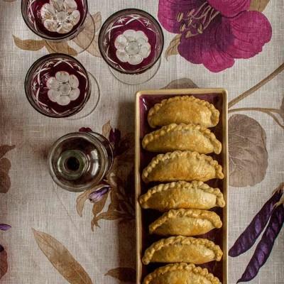 Empanadillas de carne y berenjena