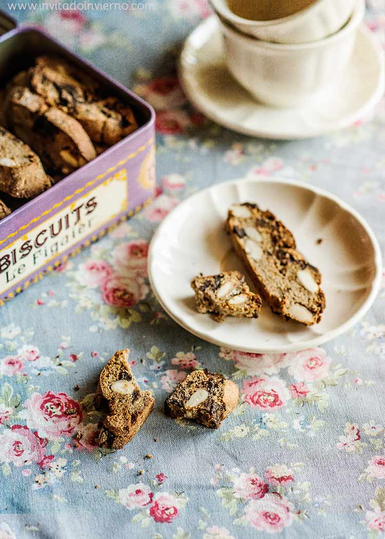 chocolate chestnut biscotti