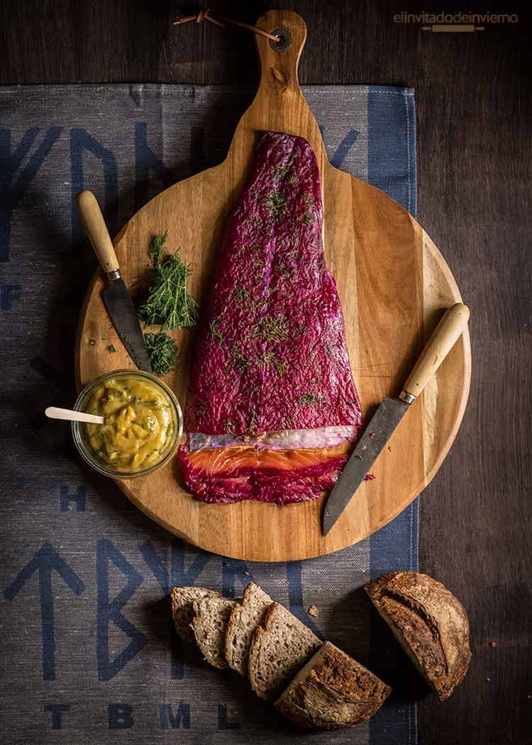 salmon marinado gravlax