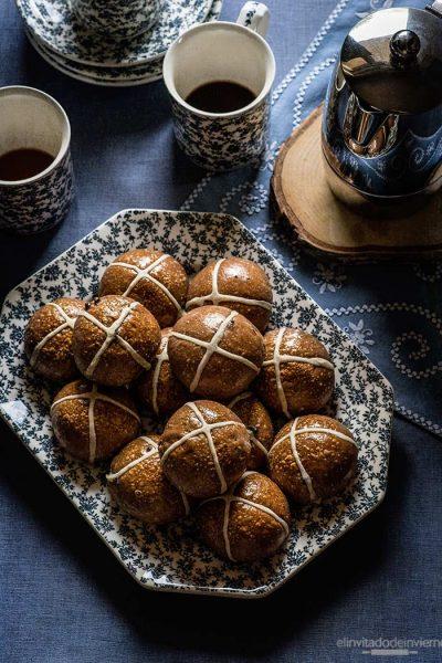 hot cross buns chocolate