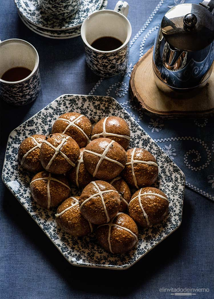 hot cross buns chocolate