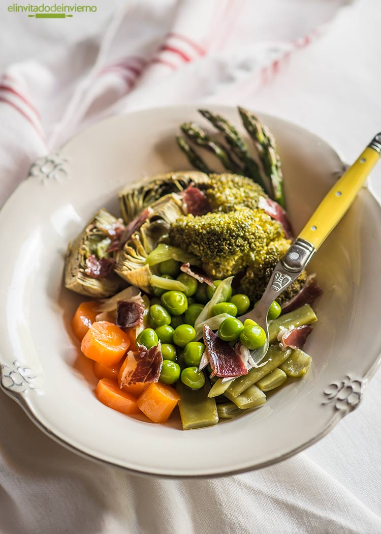 menestra verduras jamon