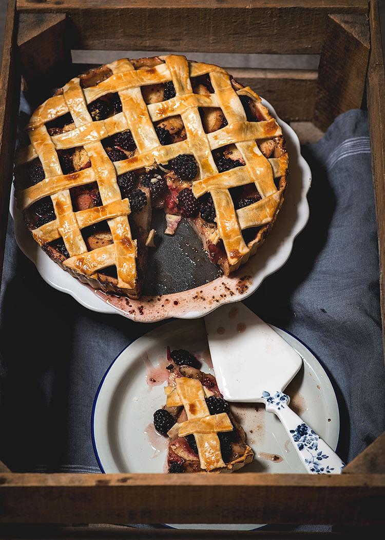 receta tarta moras nectarinasreceta tarta moras nectarinas