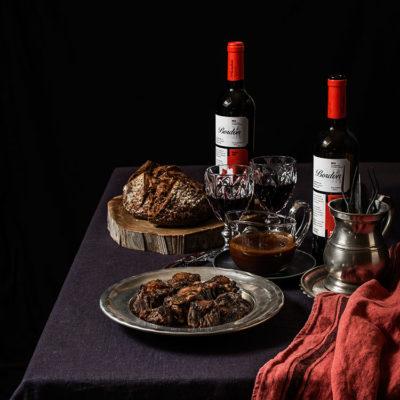 Rabo de toro estofado al vino tinto