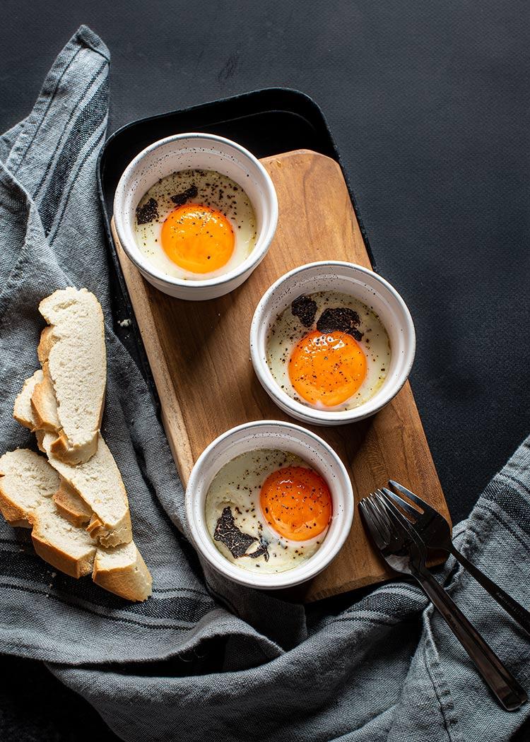 receta huevos cocotte trufa