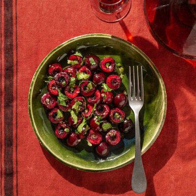 Ensalada picante de cerezas